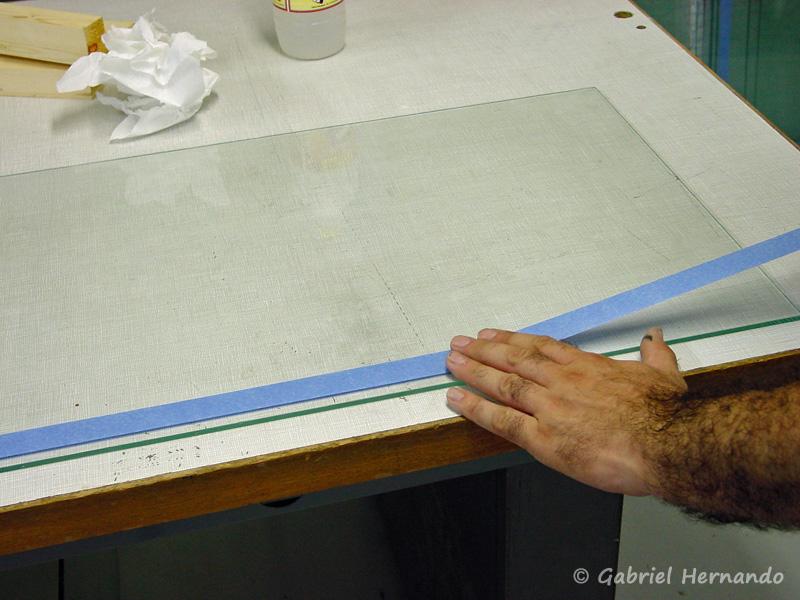 Positionnement des protections, pour réalisation des joints de l'aquarium