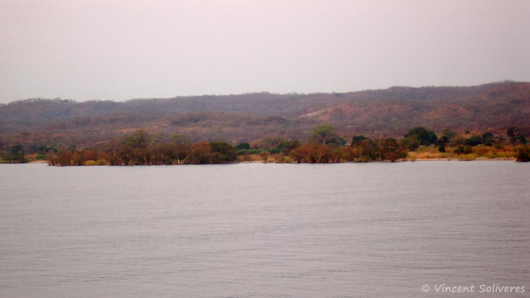 Côte Mozambicaine du lac Malawi