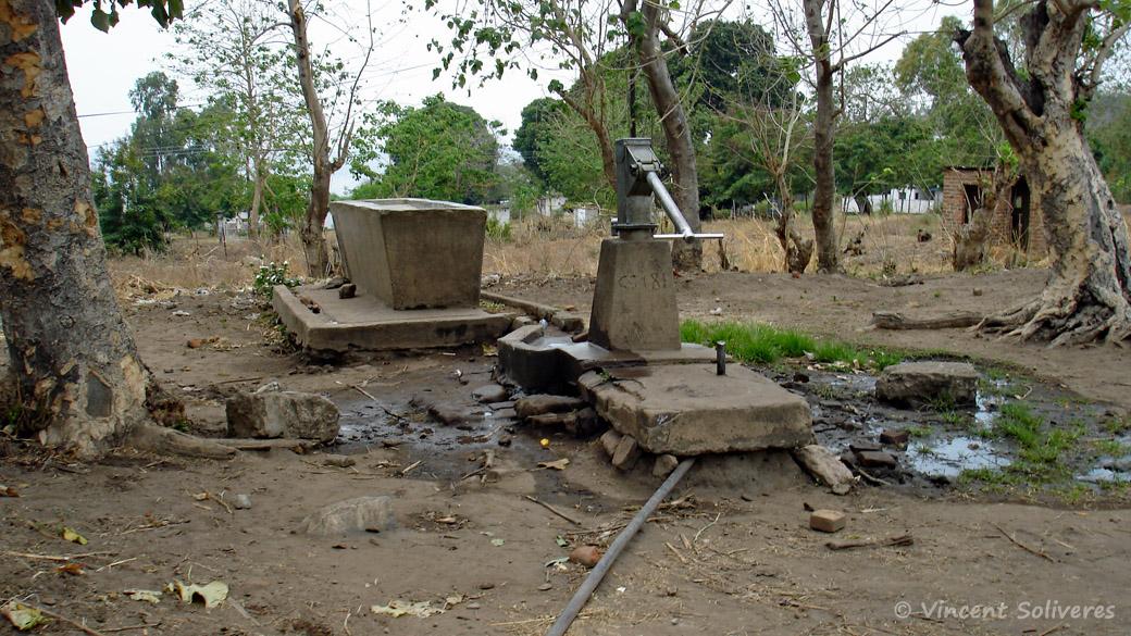 Pompe à eau à Chilumba